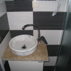 Отель Hôtel Méribel Брюссель ванная фото 2