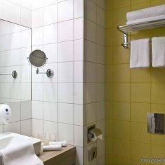 Отель Park Inn By Radisson Budapest Венгрия, Будапешт - отзывы, цены и фото номеров - забронировать отель Park Inn By Radisson Budapest онлайн ванная