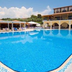 Отель Village Mare Греция, Метаморфоси - отзывы, цены и фото номеров - забронировать отель Village Mare онлайн бассейн фото 3