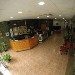 Отель Hostal La Casa de Enfrente интерьер отеля