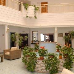 Maistrali Hotel Apts интерьер отеля