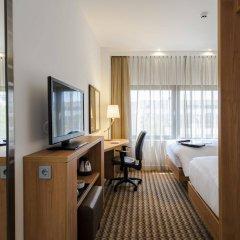 Отель Hampton by Hilton Amsterdam Airport Schiphol удобства в номере