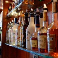 Отель Frisco Inn гостиничный бар