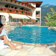 Отель Landsitz Stroblhof Тироло бассейн фото 2