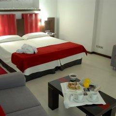 Отель Ciutat De Girona комната для гостей фото 3