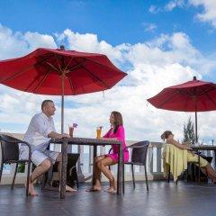 Отель Aquamarine Resort & Villa питание