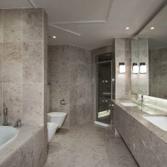 Отель Hyatt Regency Belgrade ванная