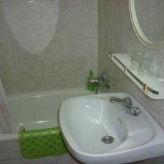 Отель Pension Portbou Барселона ванная