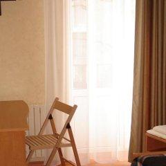 Эконом Отель комната для гостей фото 4
