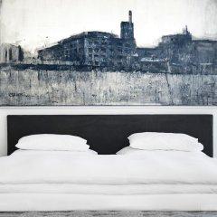 Augarten Art Hotel сейф в номере