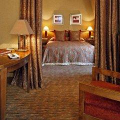 Отель Warwick Brussels Бельгия, Брюссель - 3 отзыва об отеле, цены и фото номеров - забронировать отель Warwick Brussels онлайн удобства в номере фото 2