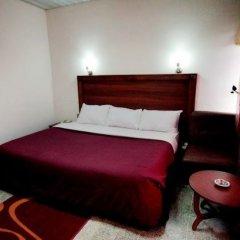 Lagos Airport Hotel сейф в номере