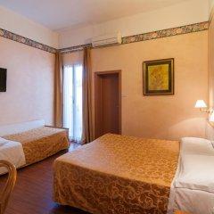 Отель Adriatica Италия, Риччоне - отзывы, цены и фото номеров - забронировать отель Adriatica онлайн сейф в номере