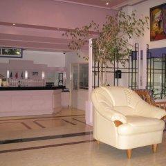 Astreas Beach Hotel интерьер отеля