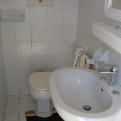 Отель Rosa Cottage Италия, Маргера - отзывы, цены и фото номеров - забронировать отель Rosa Cottage онлайн ванная фото 2