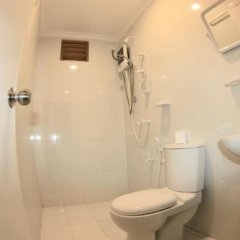 Отель Bitos GH Мальдивы, Северный атолл Мале - отзывы, цены и фото номеров - забронировать отель Bitos GH онлайн ванная
