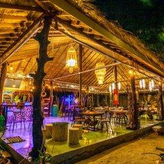 Отель Cicada Lanta Resort Таиланд, Ланта - отзывы, цены и фото номеров - забронировать отель Cicada Lanta Resort онлайн бассейн
