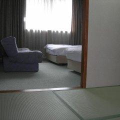 Tokushima Grand Hotel Kairakuen Минамиавадзи комната для гостей фото 3