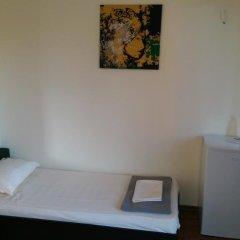Отель Family House Manolov Болгария, Аврен - отзывы, цены и фото номеров - забронировать отель Family House Manolov онлайн удобства в номере