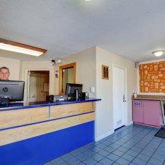 Отель Good Nite Inn Sylmar США, Лос-Анджелес - отзывы, цены и фото номеров - забронировать отель Good Nite Inn Sylmar онлайн интерьер отеля фото 2