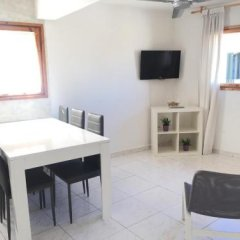 Отель Apartamentos Bahia Барселона фото 3