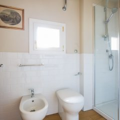 Отель Boboli Bijoux 2Bed Apartment Италия, Флоренция - отзывы, цены и фото номеров - забронировать отель Boboli Bijoux 2Bed Apartment онлайн ванная фото 2