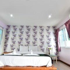 Апартаменты Kaewfathip Apartment Паттайя комната для гостей фото 5