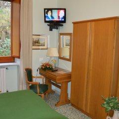 Отель La Bussola Италия, Амальфи - 1 отзыв об отеле, цены и фото номеров - забронировать отель La Bussola онлайн удобства в номере
