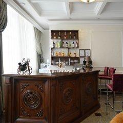 Гостиница Гранд Отель в Оренбурге 2 отзыва об отеле, цены и фото номеров - забронировать гостиницу Гранд Отель онлайн Оренбург гостиничный бар
