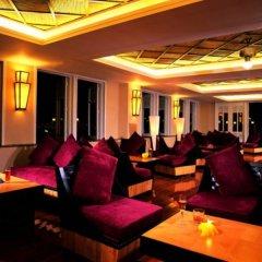 Отель Cactus Resort Sanya гостиничный бар