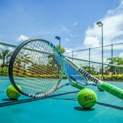 Отель Sheraton Sanya Bay Resort спортивное сооружение