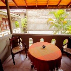 Отель Frangipani Motel Шри-Ланка, Галле - отзывы, цены и фото номеров - забронировать отель Frangipani Motel онлайн балкон