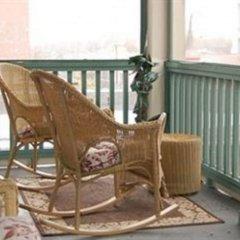 Отель Auberge McGee's Inn Канада, Оттава - отзывы, цены и фото номеров - забронировать отель Auberge McGee's Inn онлайн балкон