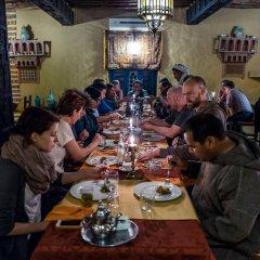 Отель Kasbah Mohayut Марокко, Мерзуга - отзывы, цены и фото номеров - забронировать отель Kasbah Mohayut онлайн питание фото 2