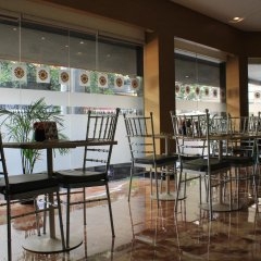 Отель Palm Grove Hotel Филиппины, Манила - отзывы, цены и фото номеров - забронировать отель Palm Grove Hotel онлайн гостиничный бар