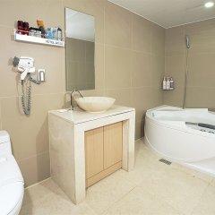 Отель Dodo Tourist Hotel Южная Корея, Сеул - отзывы, цены и фото номеров - забронировать отель Dodo Tourist Hotel онлайн ванная