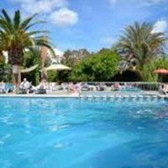Отель Apartamentos Tramuntana бассейн фото 2