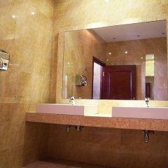 Отель Holiday Park Польша, Варшава - 5 отзывов об отеле, цены и фото номеров - забронировать отель Holiday Park онлайн ванная фото 2