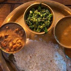 Отель OYO 207 Hotel Cirrus Непал, Нагаркот - отзывы, цены и фото номеров - забронировать отель OYO 207 Hotel Cirrus онлайн питание фото 3