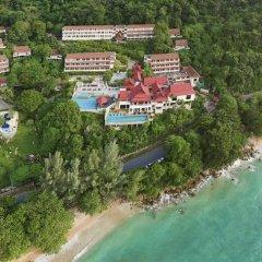 Отель Aquamarine Resort & Villa пляж