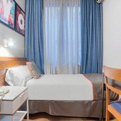 Отель Hostal Felipe V Испания, Мадрид - отзывы, цены и фото номеров - забронировать отель Hostal Felipe V онлайн в номере