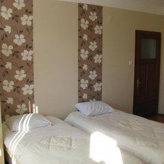 Отель Mira Guest House Банско комната для гостей фото 4