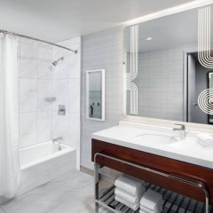 Отель Sheraton Grand Los Angeles ванная
