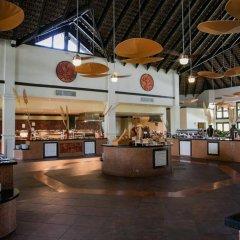 Отель Grand Memories Punta Cana - All Inclusive Доминикана, Пунта Кана - отзывы, цены и фото номеров - забронировать отель Grand Memories Punta Cana - All Inclusive онлайн гостиничный бар
