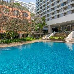 The Bayview Hotel Pattaya бассейн