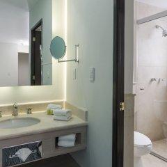 Отель Holiday Inn Suites Zona Rosa Мексика, Мехико - отзывы, цены и фото номеров - забронировать отель Holiday Inn Suites Zona Rosa онлайн ванная фото 2