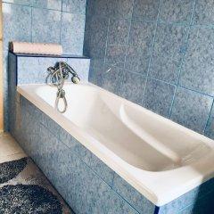Отель Santo Antonio Room Португалия, Понта-Делгада - отзывы, цены и фото номеров - забронировать отель Santo Antonio Room онлайн ванная