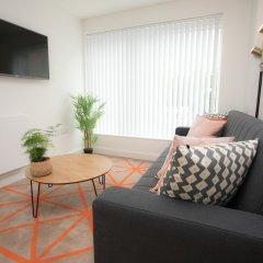 Апартаменты Moonside - Stunning Angel Apartments Лондон комната для гостей