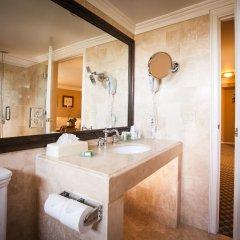Отель Best Western PLUS Sunset Plaza США, Уэст-Голливуд - отзывы, цены и фото номеров - забронировать отель Best Western PLUS Sunset Plaza онлайн ванная фото 2