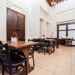 Отель Lumbini Dream Garden Guest House ОАЭ, Дубай - отзывы, цены и фото номеров - забронировать отель Lumbini Dream Garden Guest House онлайн питание фото 3